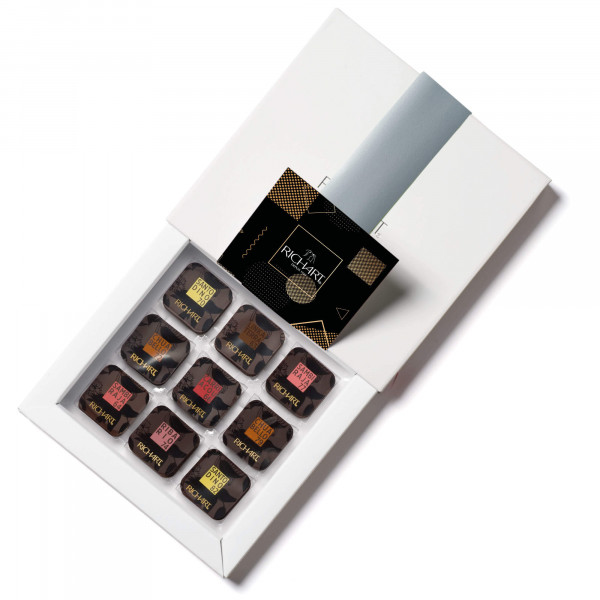 On the road of cocoa Box of 72 dark chocolate