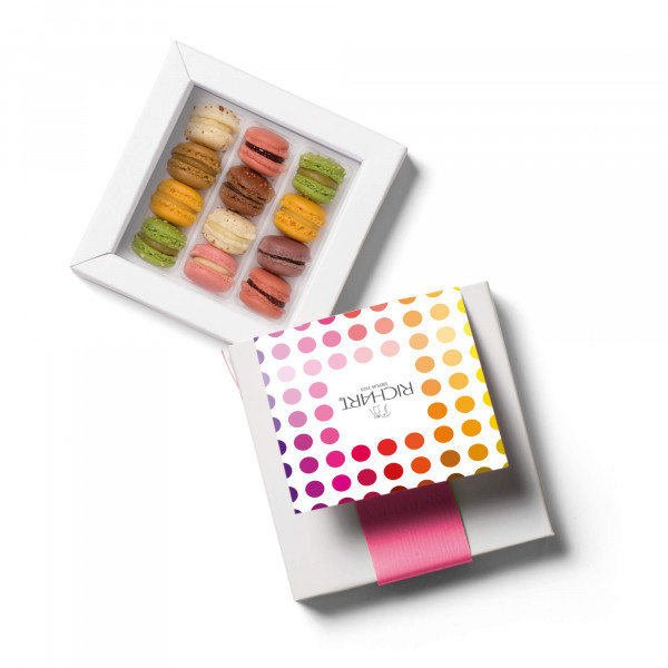 Spark Box of 12 mini-French macarons