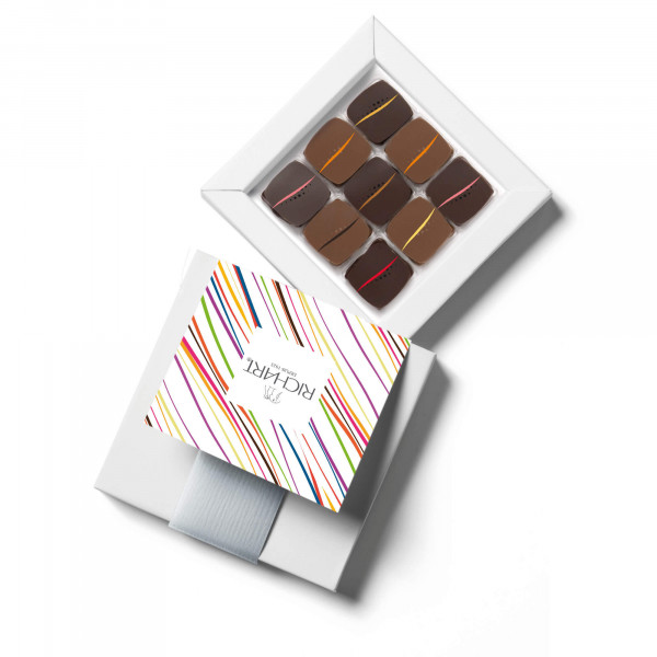 Rendez-Vous Box of 9 filled chocolates