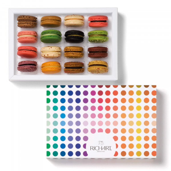Iconic Box of 16 French macarons
