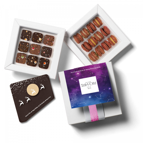 Constellations Celestial Messager Holidays Box chocolates mini macarons and chocolate card