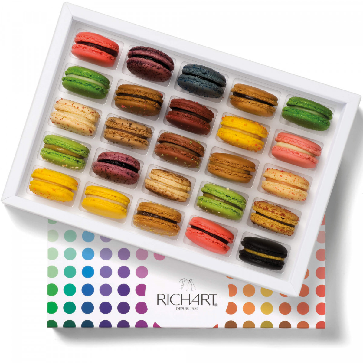 Irresistible Box of 25 French macarons