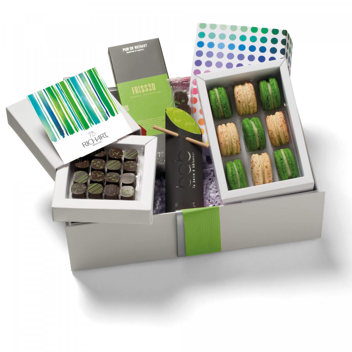 In the kingdom of the Herbal Chocolates and French macarons Gift basket